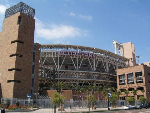 サンディエゴ・パドレス(ペトコ・パーク) 現在のコンテンツ 球場までのアクセス スタジアム周辺